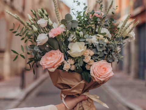 Voici les avantages d'acheter des fleurs en ligne